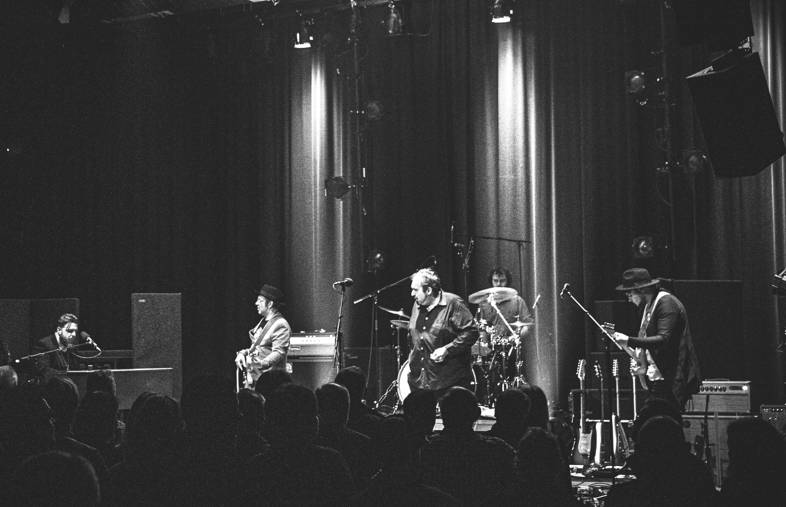 The BluesBones scheren hoge toppen in de internationale bluesscene