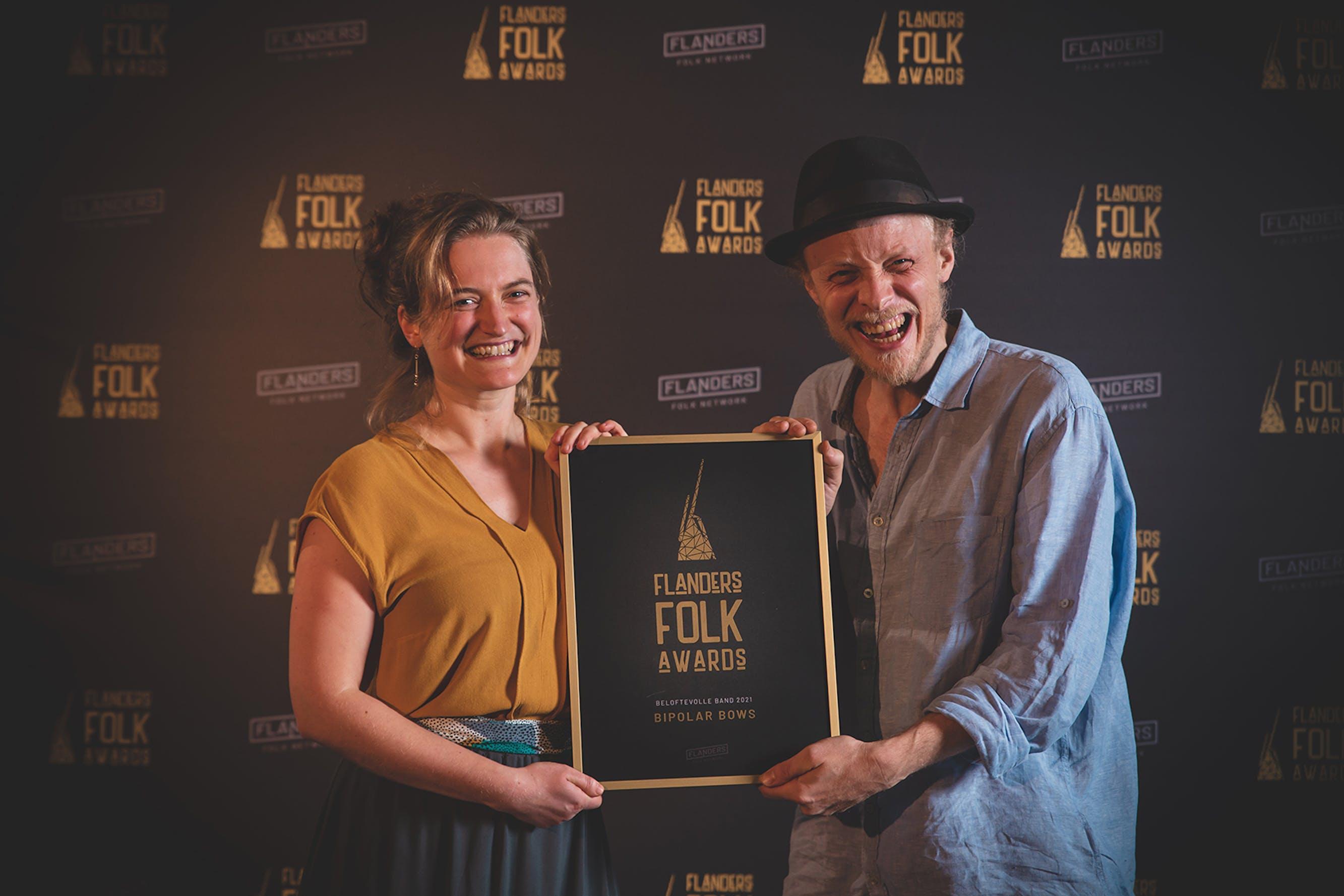 Bipolar Bows, Tom Theuns & Aurélie Dorzée en Trio Dhoore winnen Flanders Folk Awards 2021