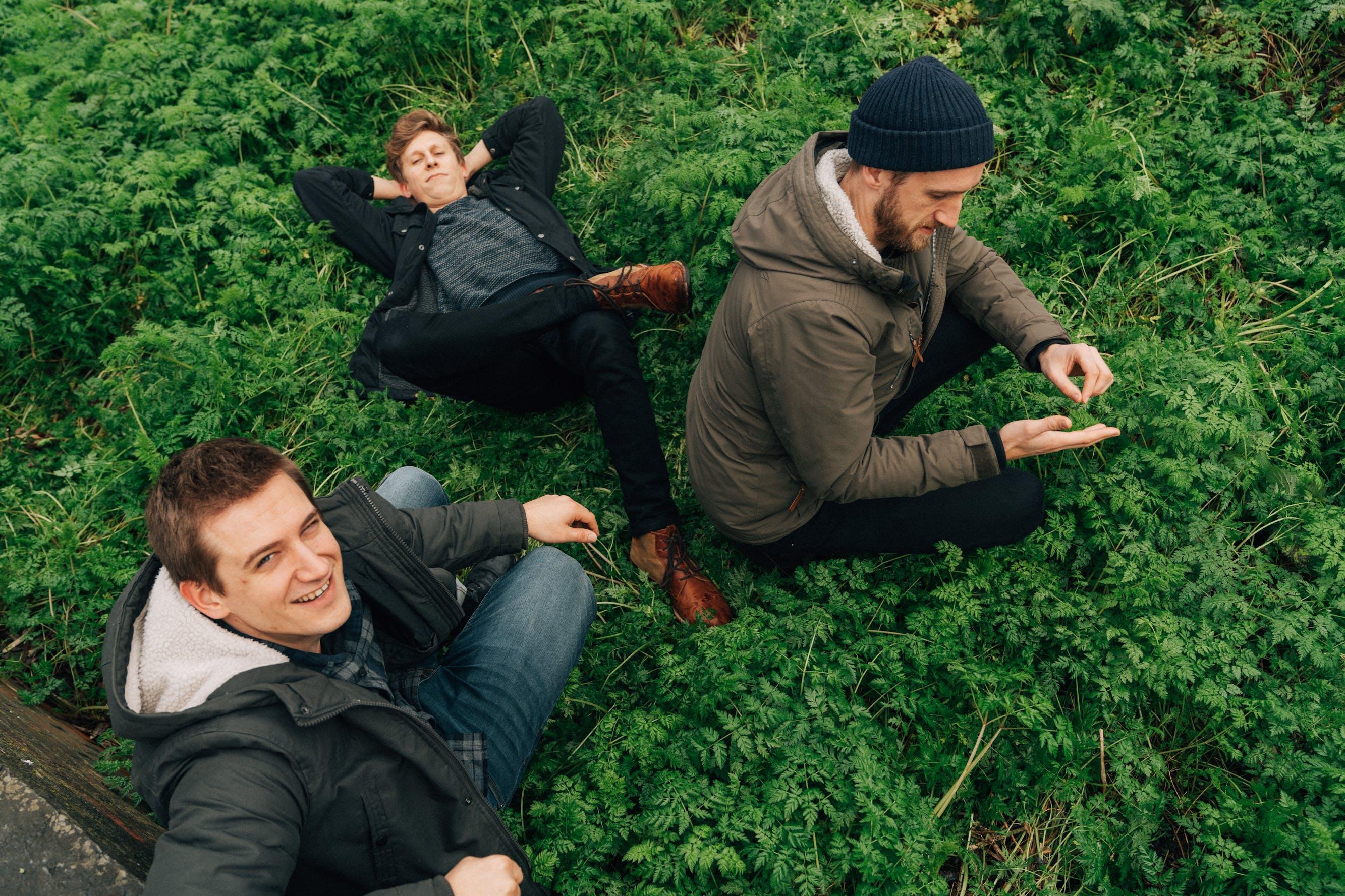Trio Dhoore — Drie broers. Eén passie. Goed folk.
