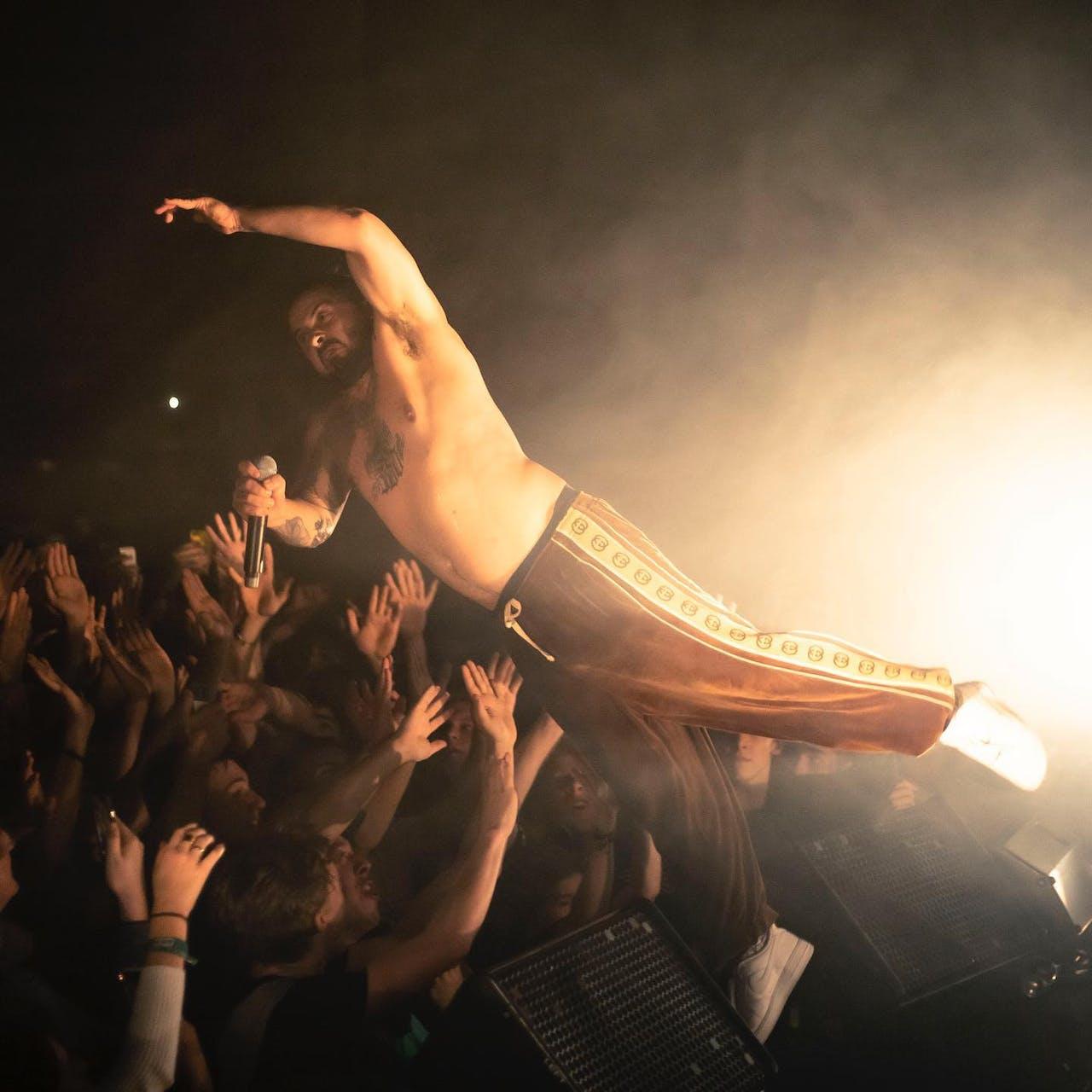 Zwangere Guy, een van de artiesten op het roster van Universal Music Belgium – wereldwijd blijft Universal nog altijd bij uitstek het grootste label.